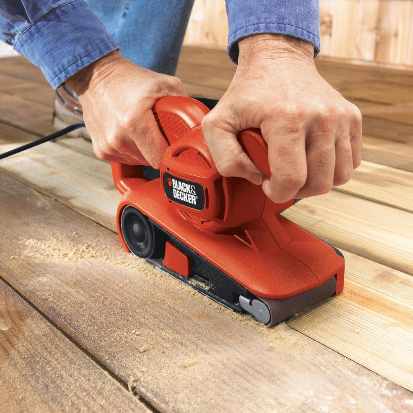 Black & Decker 3 In. x 18 In. Compact Belt Sander Image 3